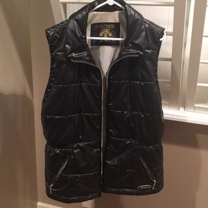 Descente Warm Zippered Black Vest